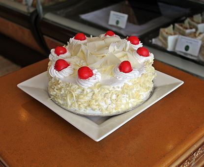 Picture of Annapurna White Forest Cake 2lb