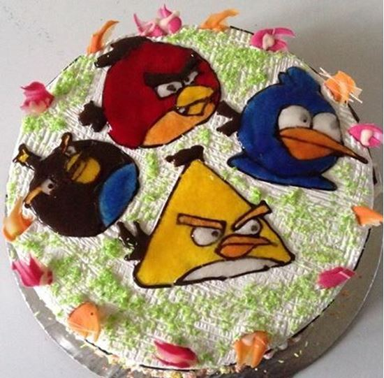 Picture of Chefs Angry Bird Topping Cake 2lb